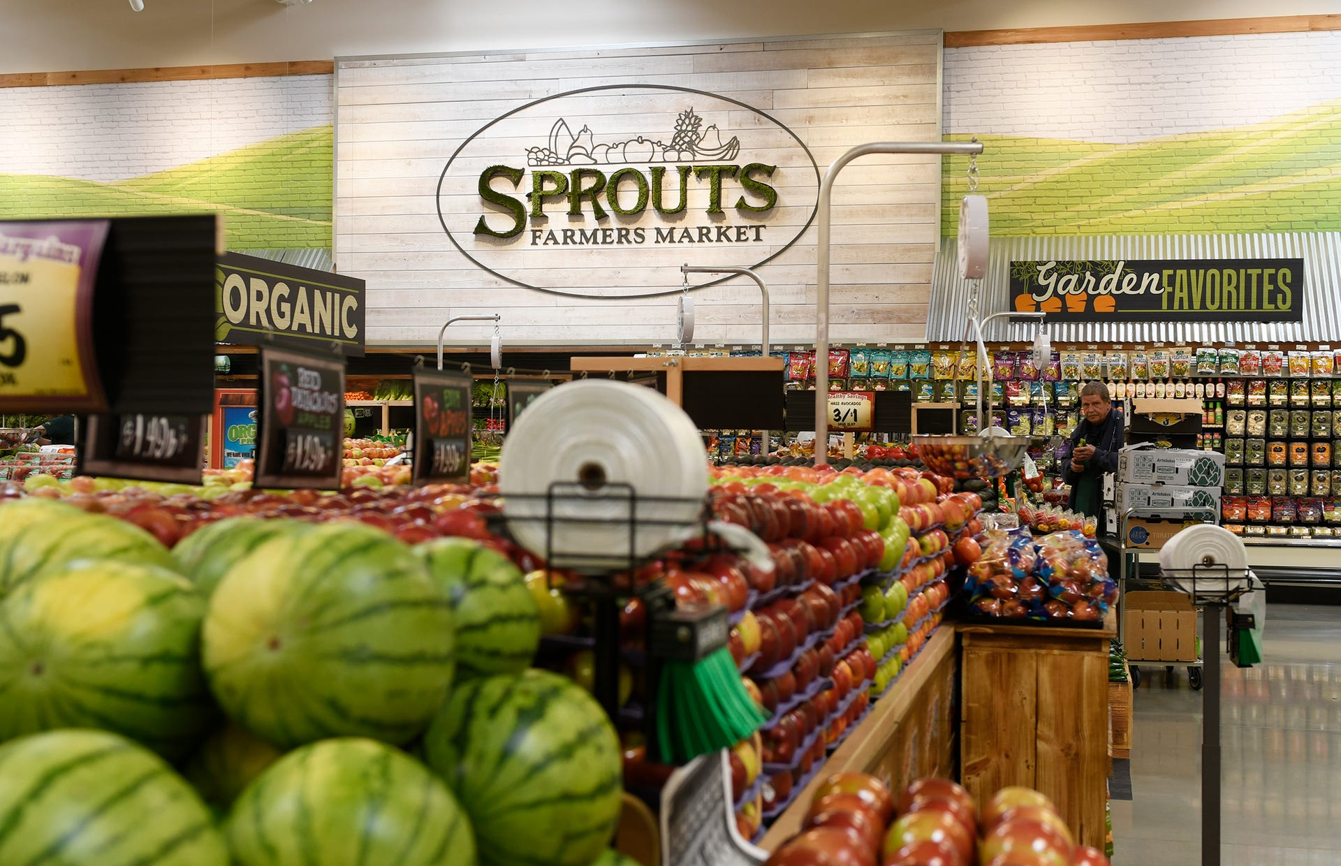 Photo of inside of Sprouts grocery store